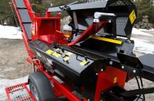 JAPA 365 PRO мобилна машина за рязане и цепене на дърва